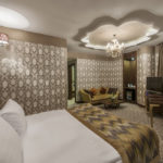 Akrones Hotel Corner Suit Oda