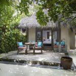 Anantara Dhigu Maldives Resort Sunrise Sahil Villası