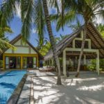 Four Seasons Resort Maldives at Landaa Giraavaru Beach Villa - Havuzlu