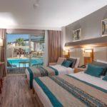 Aquasis Deluxe Resort & Spa Göl Standart Swim Up Oda