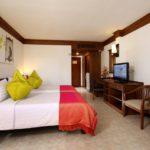 Kamala Beach Resort Deluxe Çift Kişilik veya İki Yataklı Oda