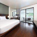 Le Meridien Phuket Beach Resort Deluxe Tek Yatak Odalı Süit - 1 Kral Yataklı, Çekyatlı, Okyanus Kıyısında